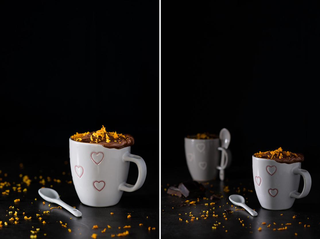 Preparación del mug cake de chocolate y naranja