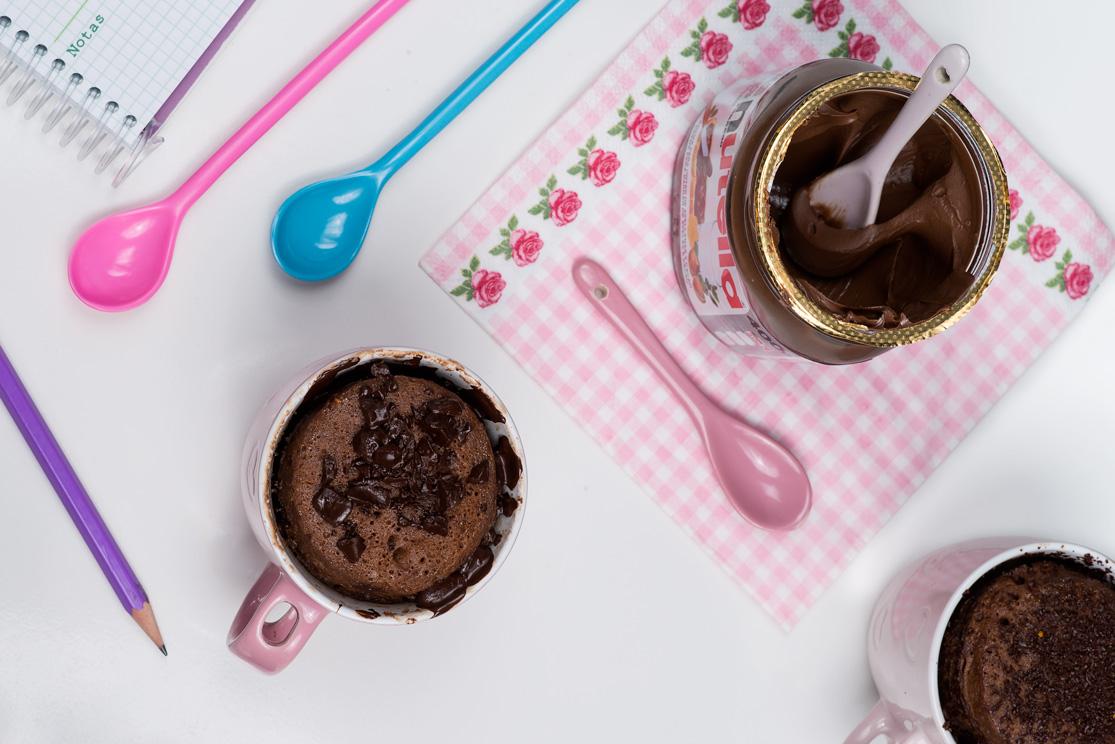 Bizcocho en taza o mug cake de Nutella